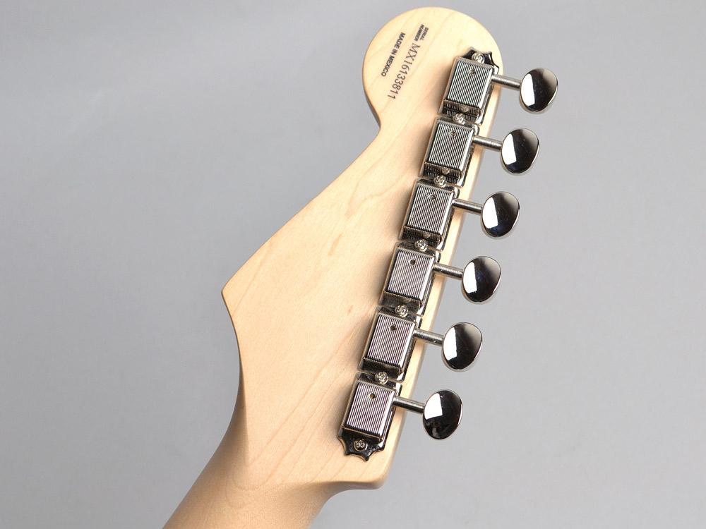 Buddy Guy Standard Stratocasterのヘッド裏-アップ画像