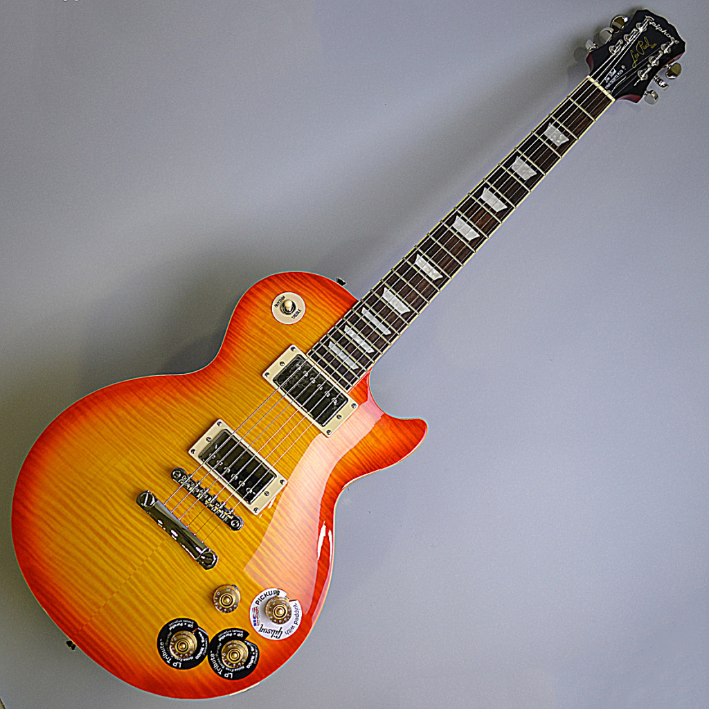 Les Paul TRIBUTE Plus Outfit Faded Cherryのボディトップ-アップ画像