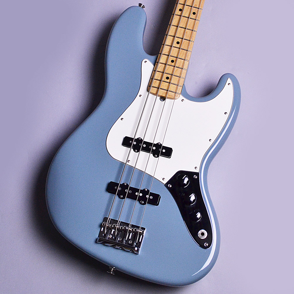 Fender American Professional Jazz Bass Sonic Grayのボディトップ-アップ画像