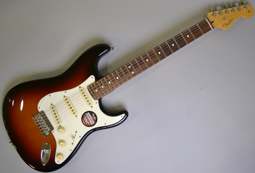 American Standard Stratcaster Rosewood Fingerboad【アメスタ生産終了】のボディトップ-アップ画像