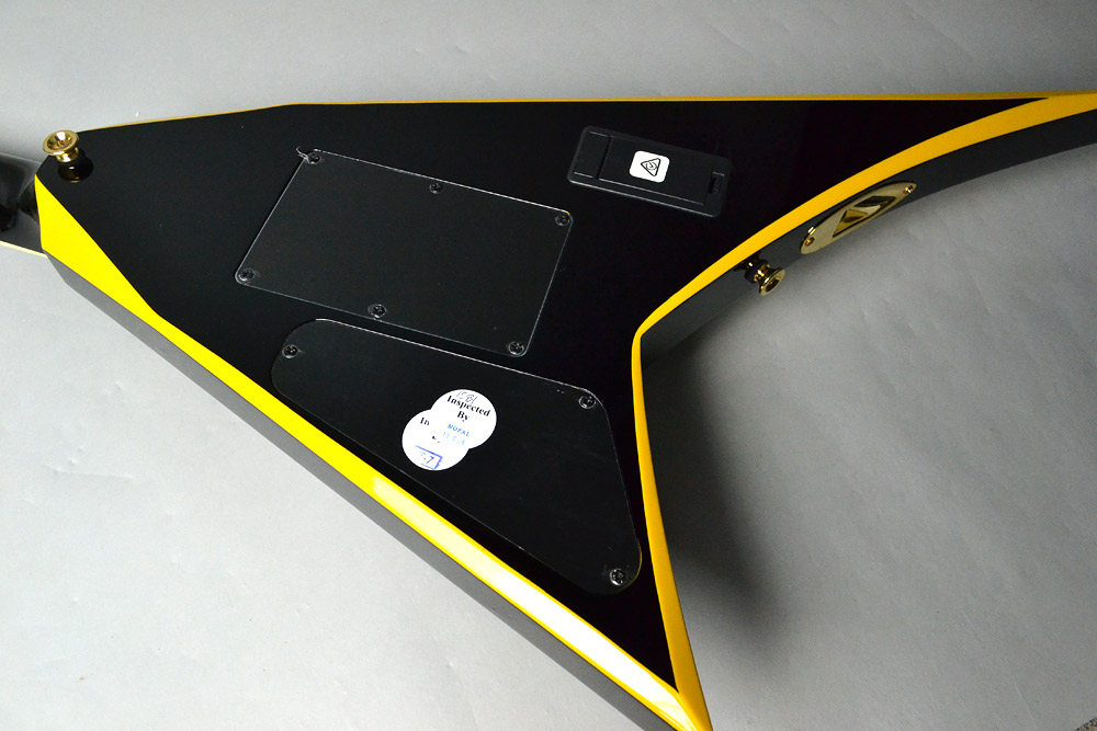 RRX24 BK/YLのボディバック-アップ画像