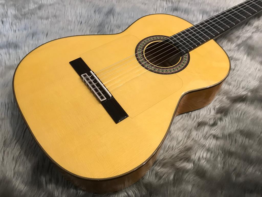 145/Flamenco/Cのボディトップ-アップ画像