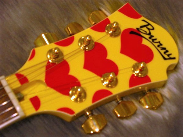 MG145S Yellow Heartのヘッド画像