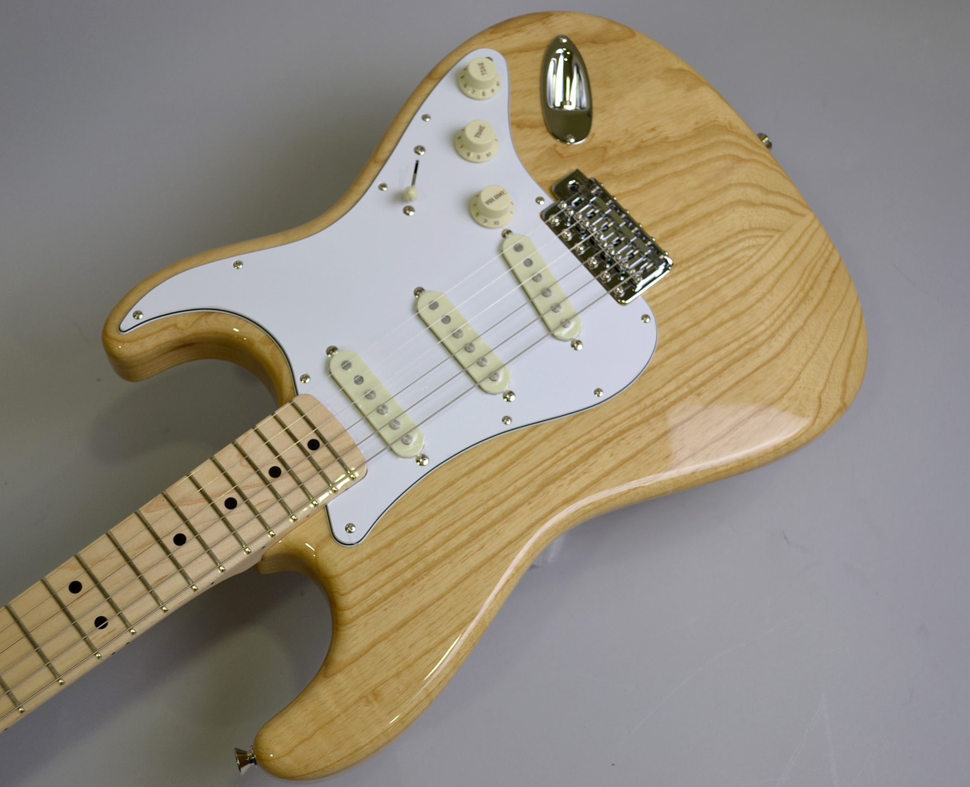 MADE IN JAPAN TRADITIONAL 70S STRATCASTER ASH MAPLEのケース・その他画像
