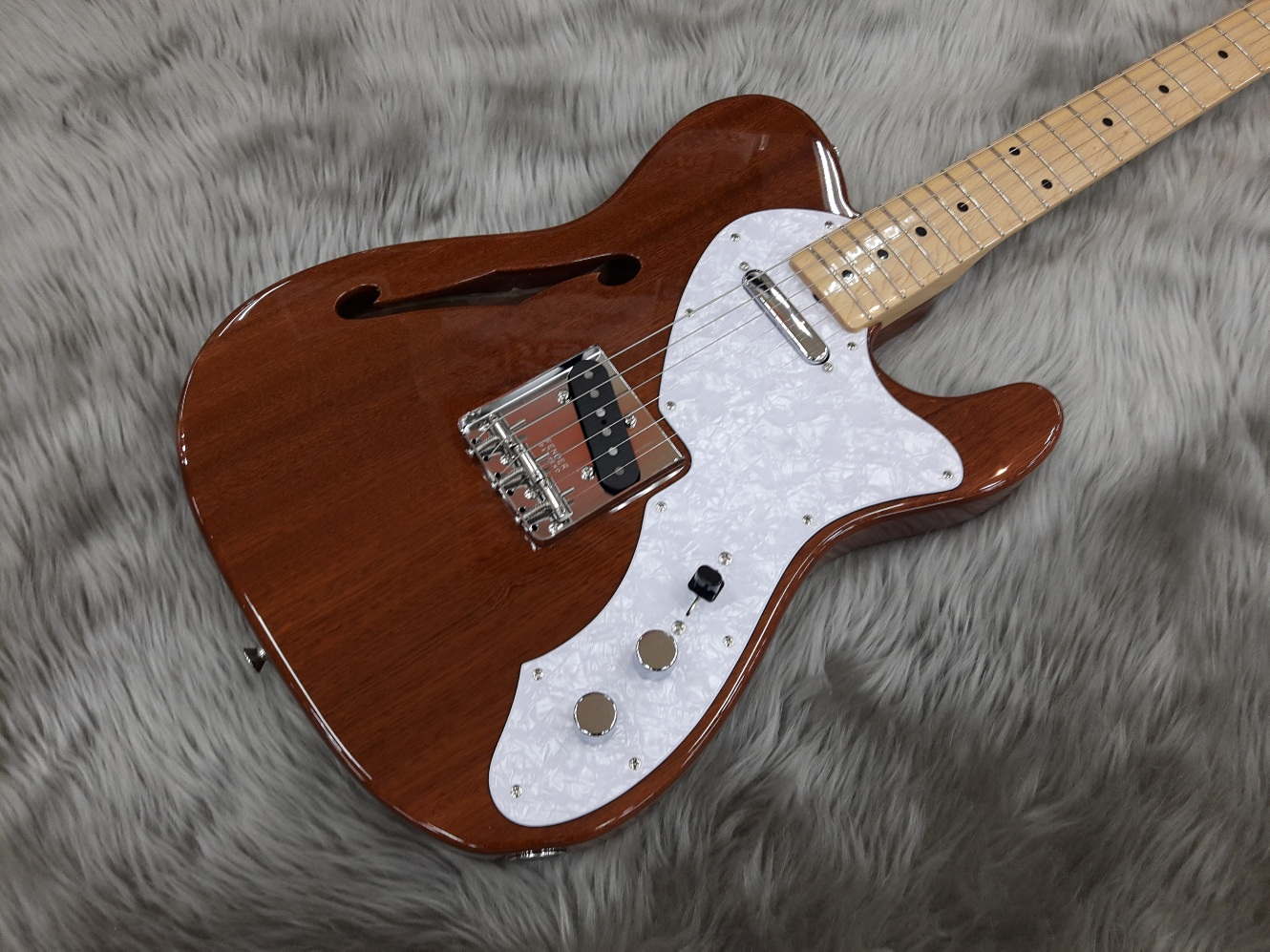 Japan Exclusive Classic 69 Tele Thinline MAHO