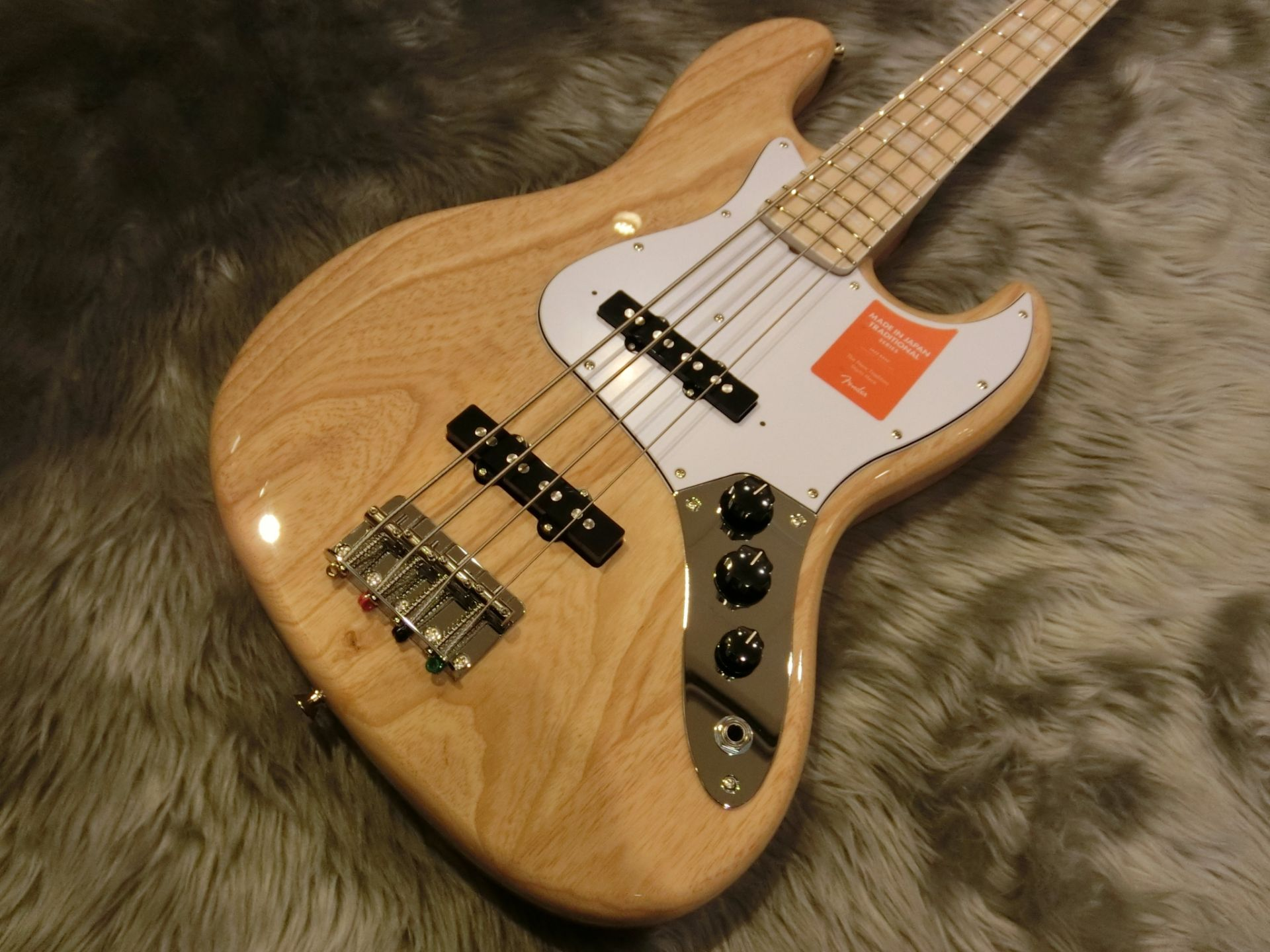 TRAD 70S JAZZ BASS