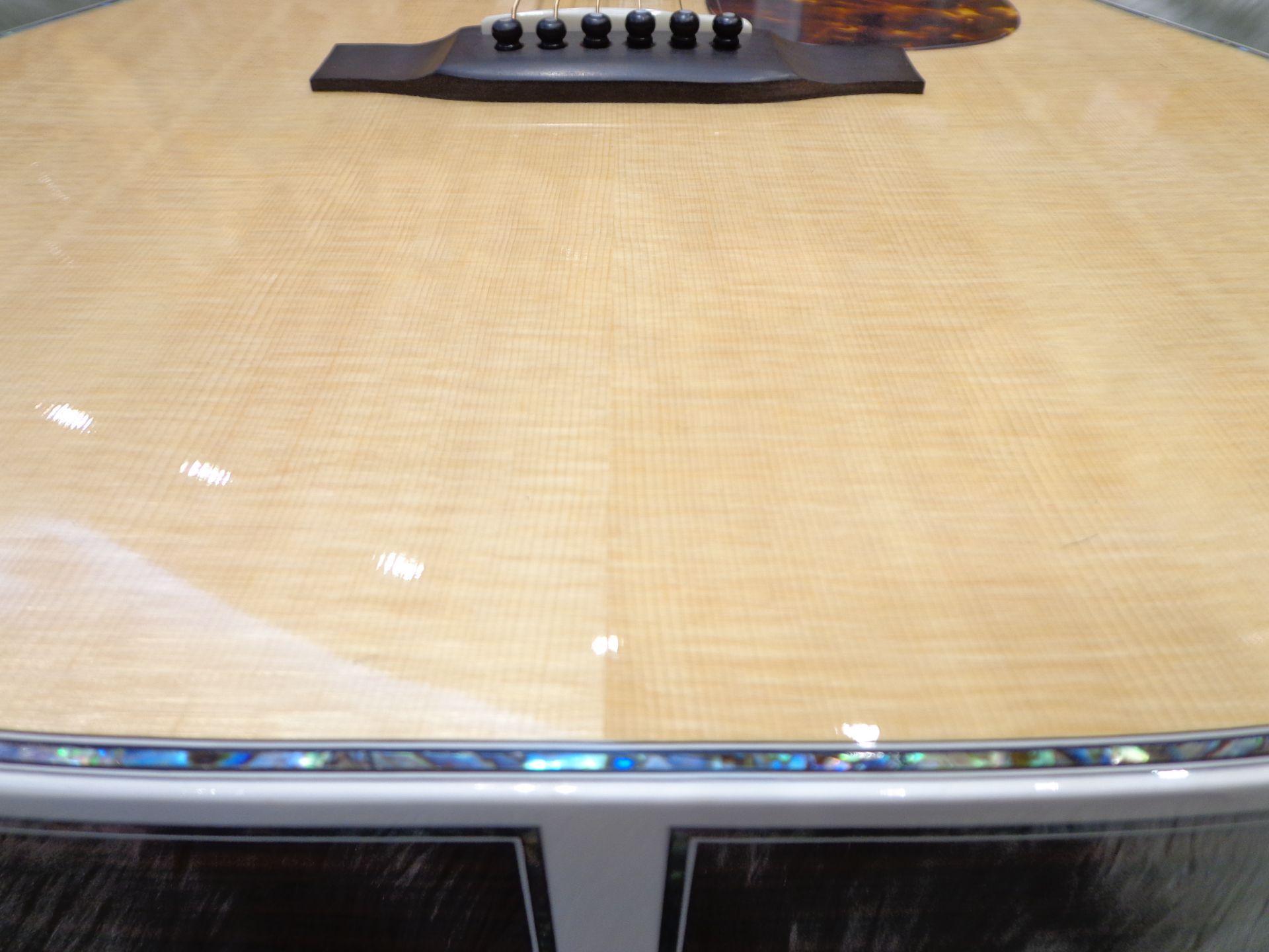 YW-1000HQのボディトップ-アップ画像