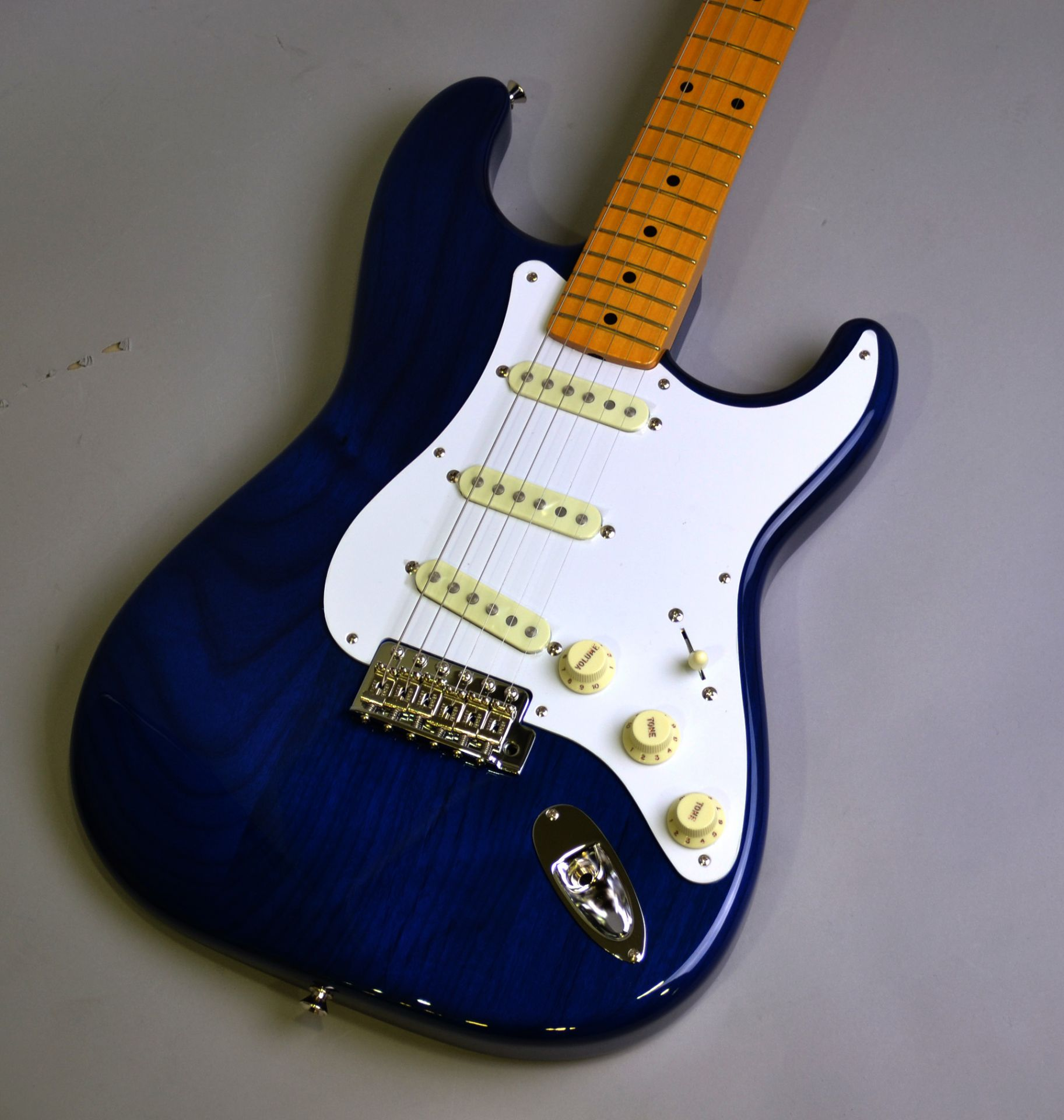 MADE IN JAPAN TRADITIONAL 58 STRATOCASTER
