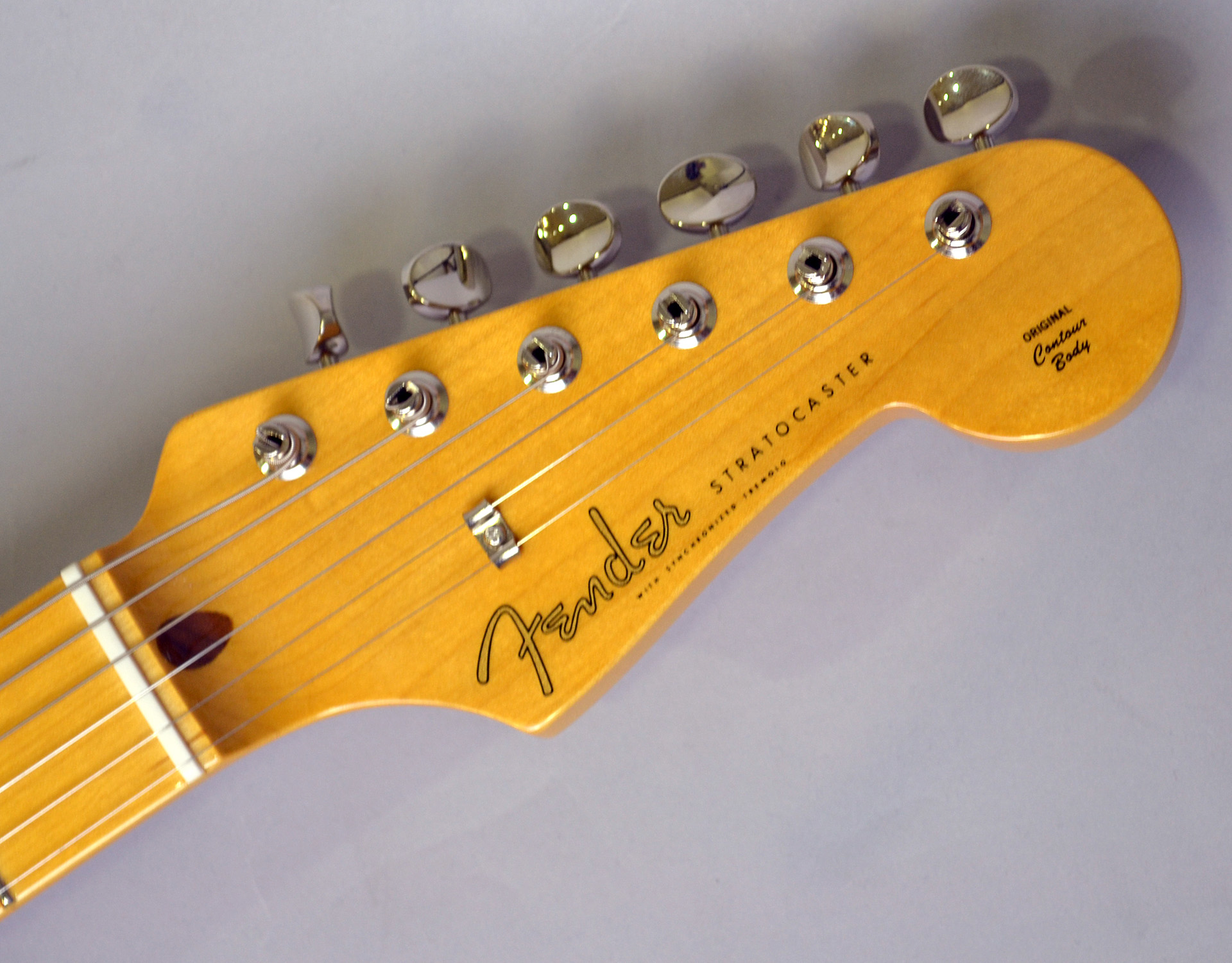 MADE IN JAPAN TRADITIONAL 58 STRATOCASTERのヘッド画像