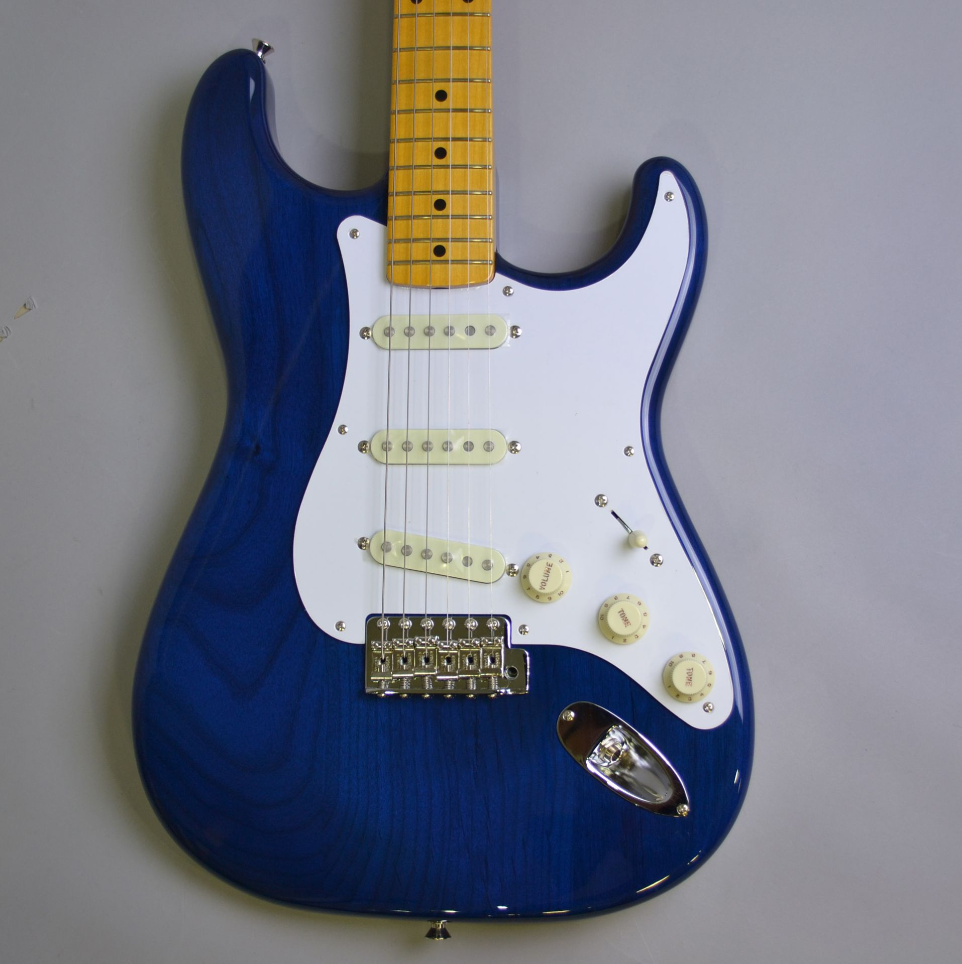 MADE IN JAPAN TRADITIONAL 58 STRATOCASTERのヘッド裏-アップ画像