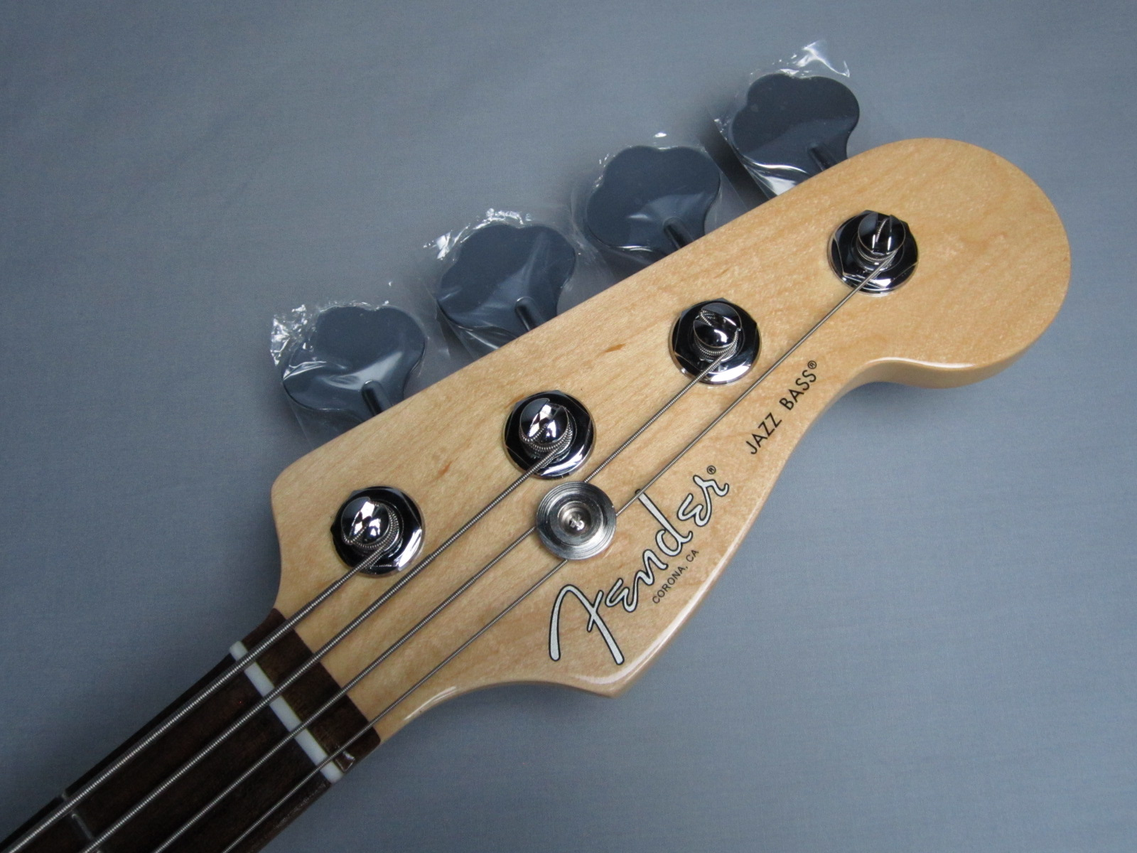 American Pro Jazz Bass Rosewood Fingerboardのヘッド画像