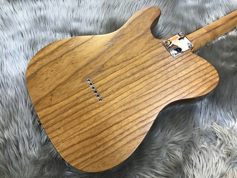 Limited Roasted Ash 52 Telecaster®のヘッド画像