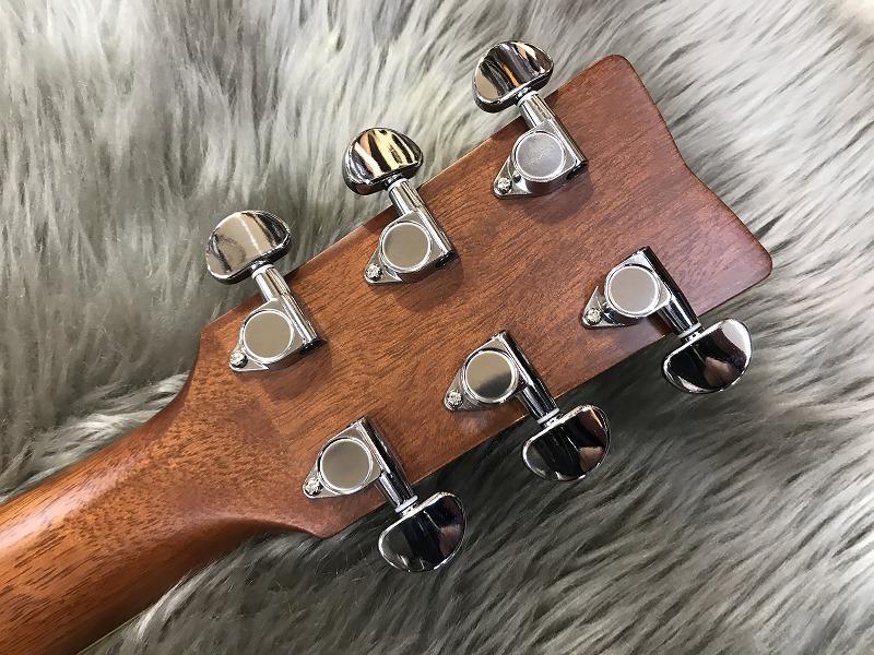 FS-TA トランスアコースティック™ギターのヘッド裏-アップ画像