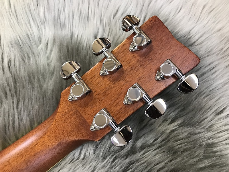 FG-TA トランスアコースティック™ギターのヘッド裏-アップ画像