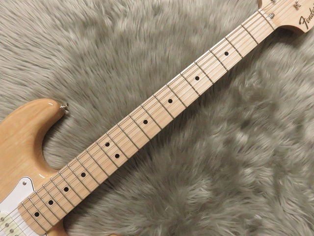 TRADITIONAL 70S STRATOCASTER® ASHの指板画像