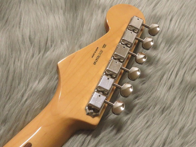 TRADITIONAL 50S STRATOCASTER®のヘッド裏-アップ画像