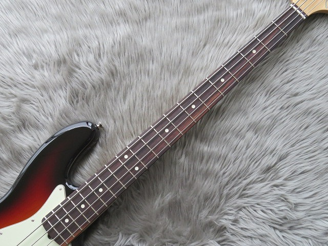 AMERICAN PROFESSIONAL JAZZ BASS®の指板画像