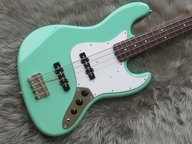 MADE IN JAPAN TRADITIONAL 60S JAZZ BASS®