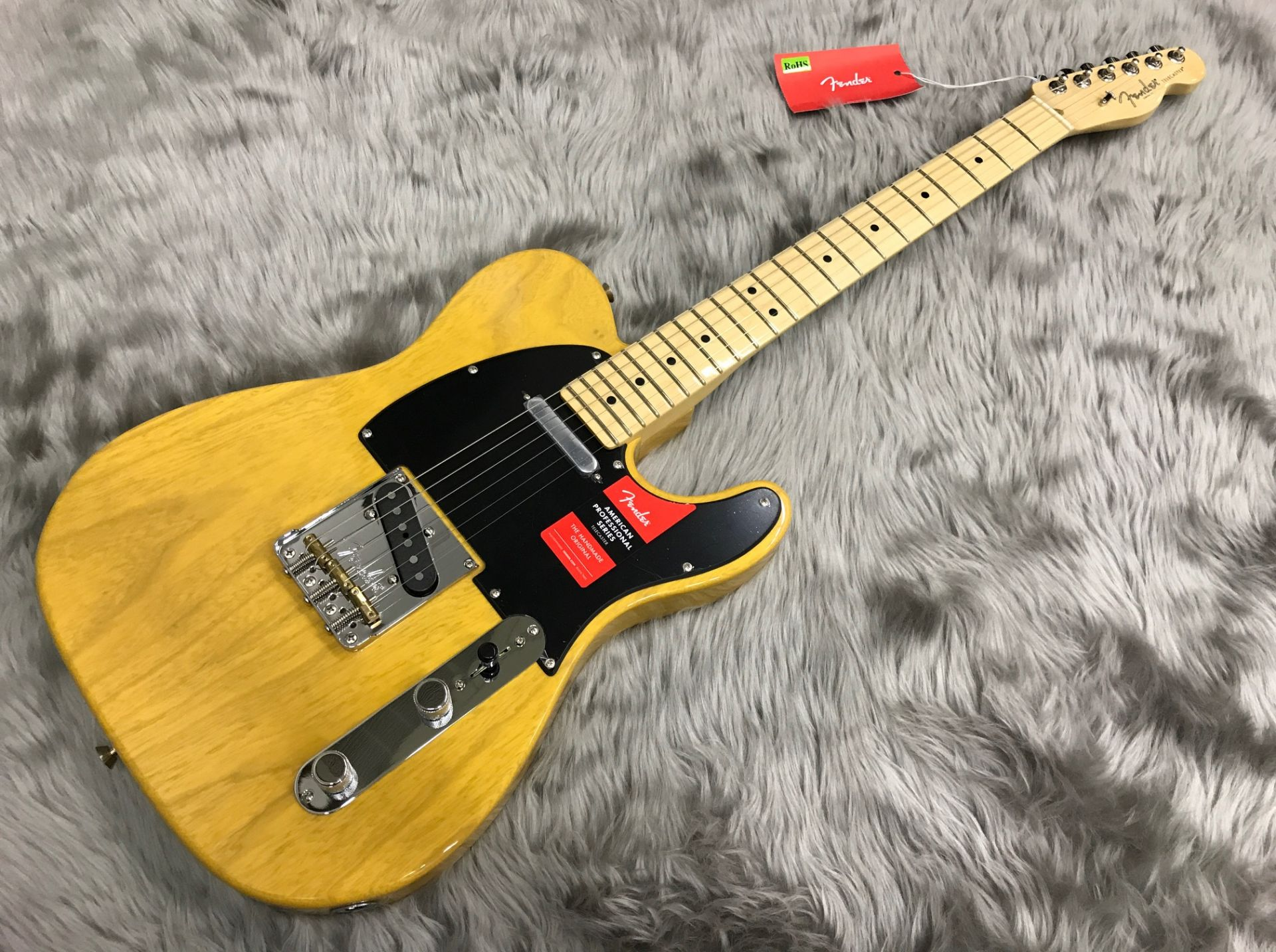 AMERICAN PROFESSIONAL TELECASTER MN ASHの全体画像