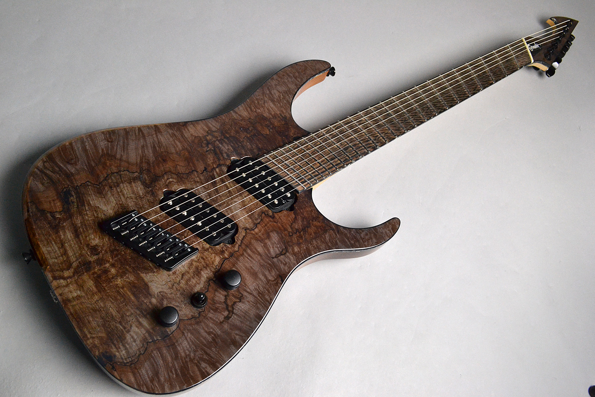 Hypemacine 7 Spalted Maple Top