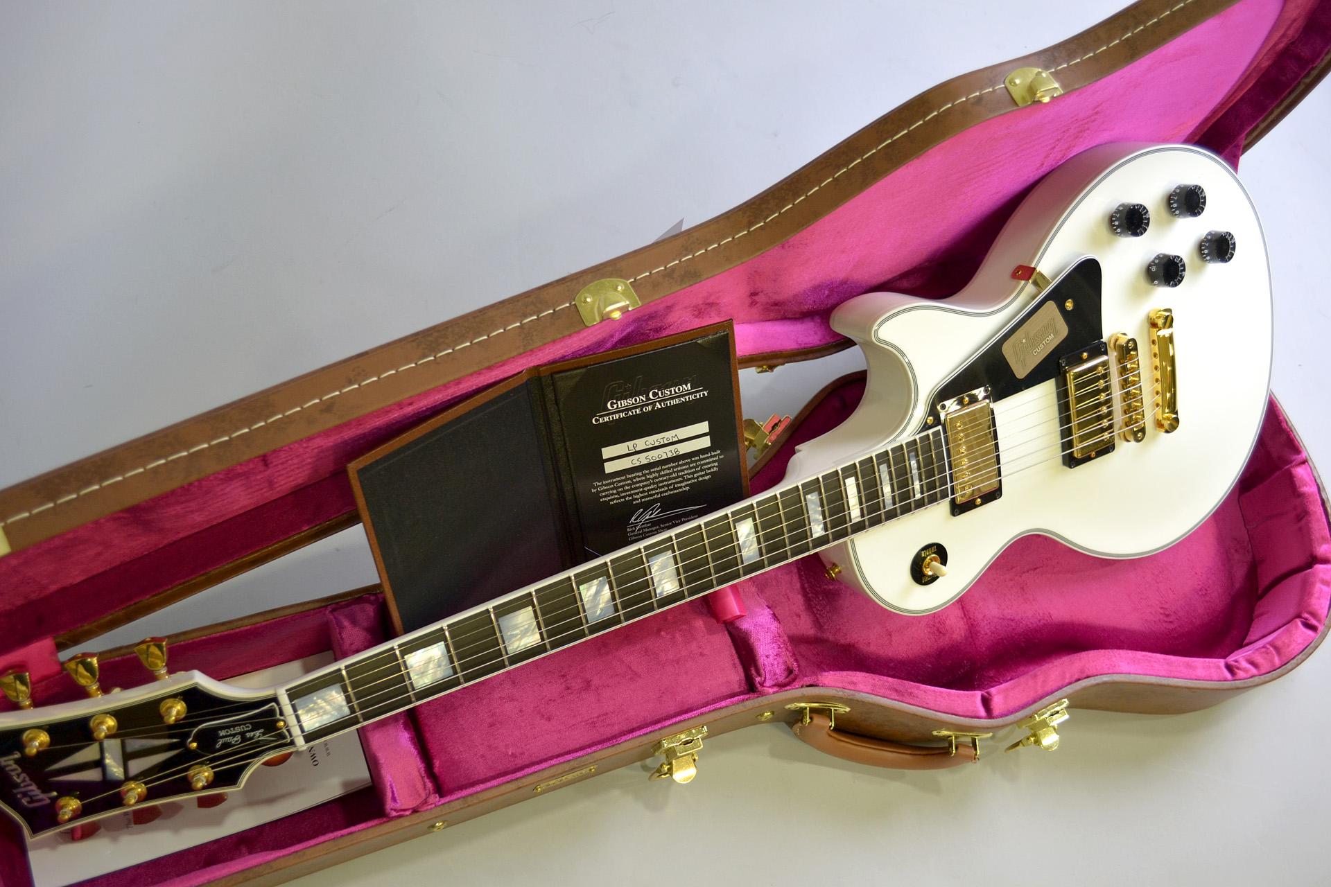 Les Paul Custom【Alpine White】のケース・その他画像