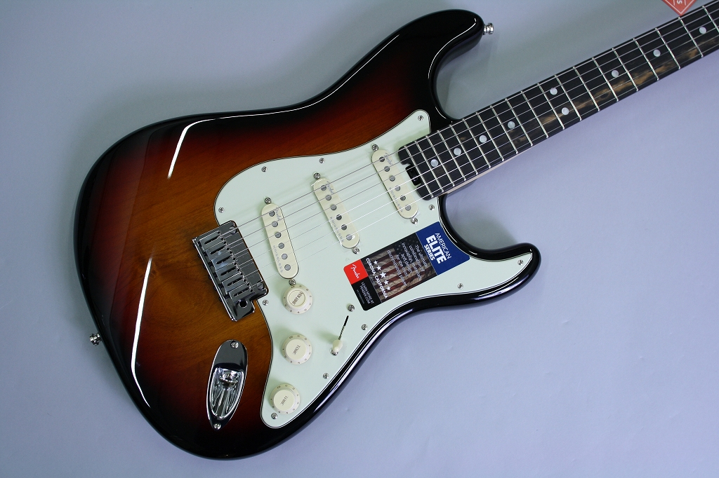American Elite Stratocaster Ebony Fingerboardのボディトップ-アップ画像