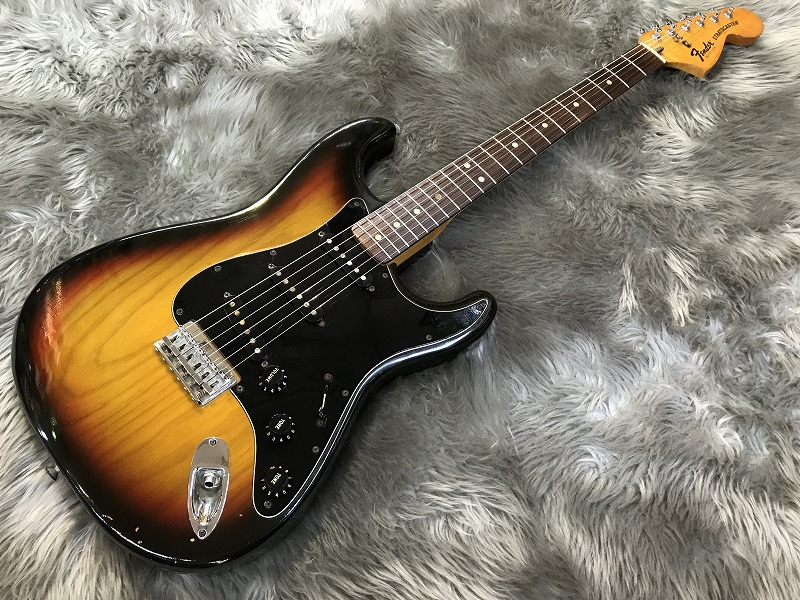 Stratocaster Hardtail 1977 #S7 74289のボディトップ-アップ画像