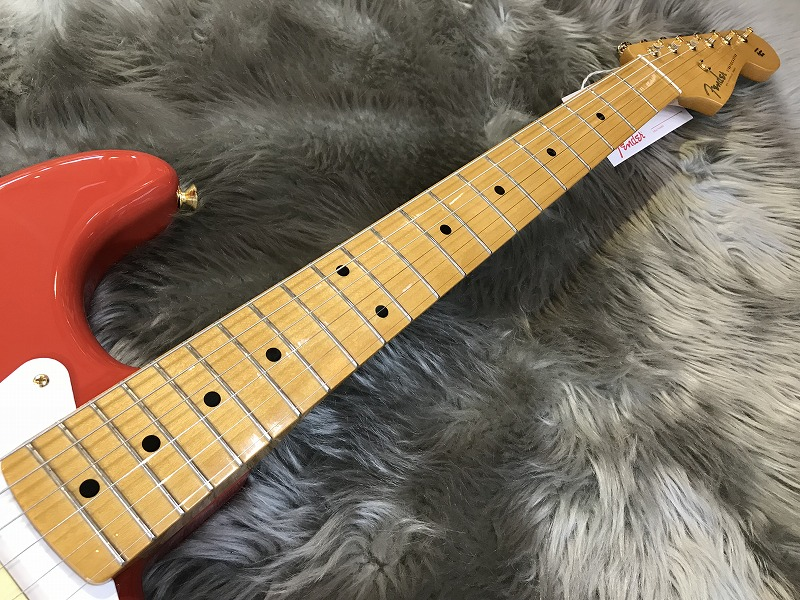 LIMITED EDITION CLASSIC SERIES '50s STRATOCASTER®の全体画像(縦)