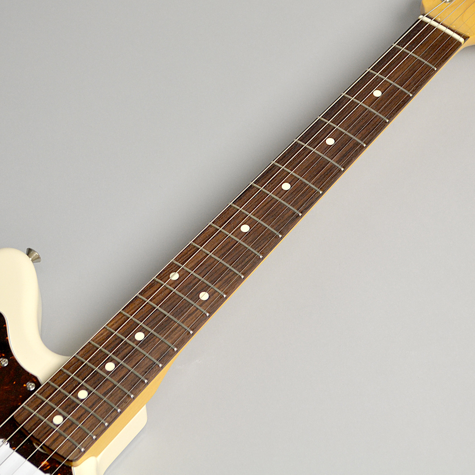 Japan Exclusive Classic 60s Jazzmaster Vintage Whiteのヘッド裏-アップ画像