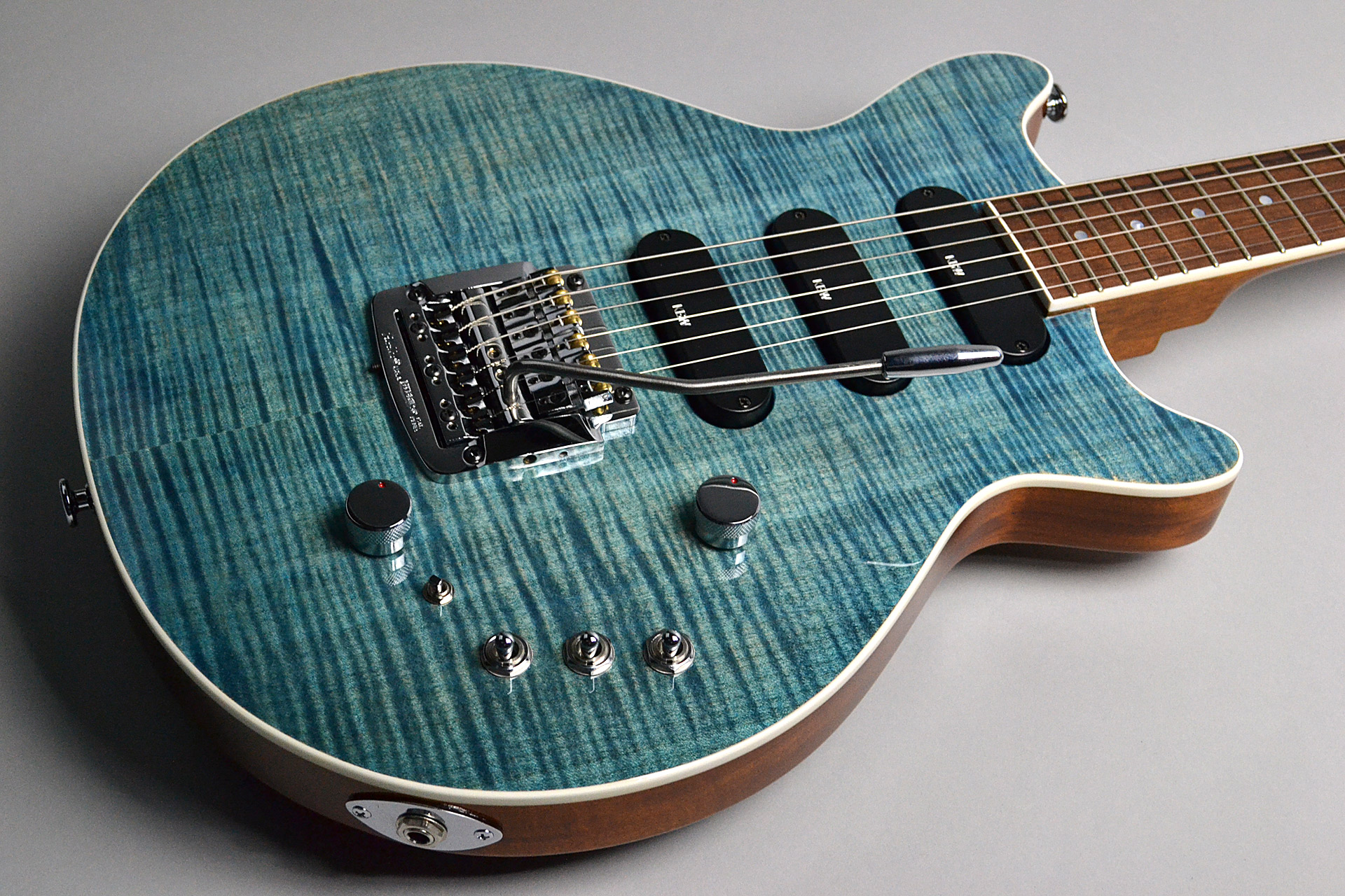 Kz One Solid 3S23 Kahler Figured Maple Blue Denimのボディトップ-アップ画像