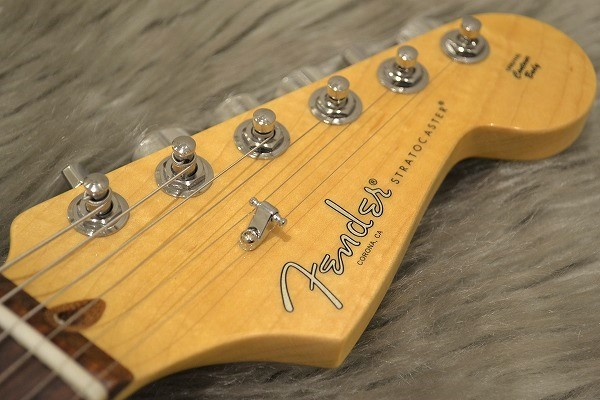 American Professional Stratocaster Rosewood Fingerboardのヘッド画像