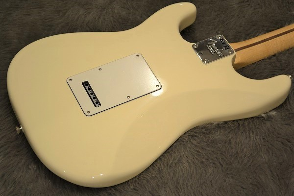 American Professional Stratocaster Rosewood Fingerboardのボディバック-アップ画像