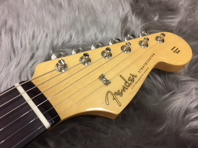 MADE IN JAPAN HYBRID 60S STRATOCASTER®のヘッド画像