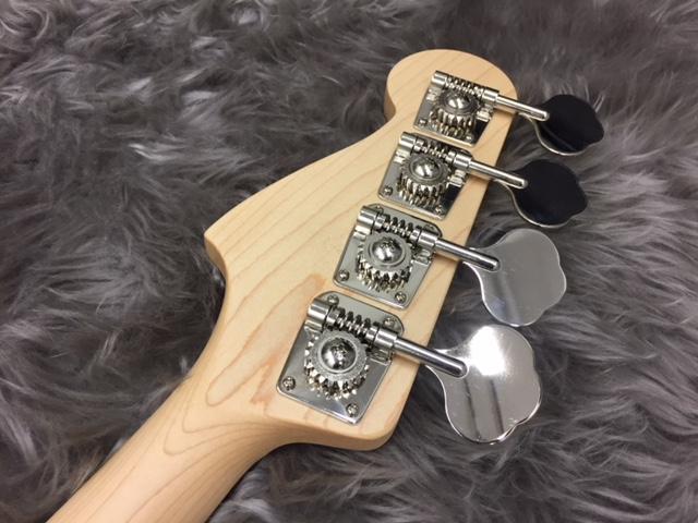 Japan Exclusive Aerodyne Jazz Bassの指板画像