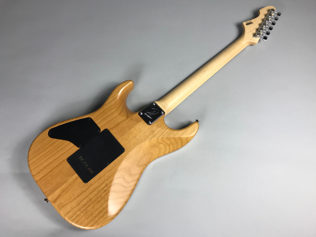 DST-Spider22/ FlameMaple – T's Guitarsのヘッド裏-アップ画像