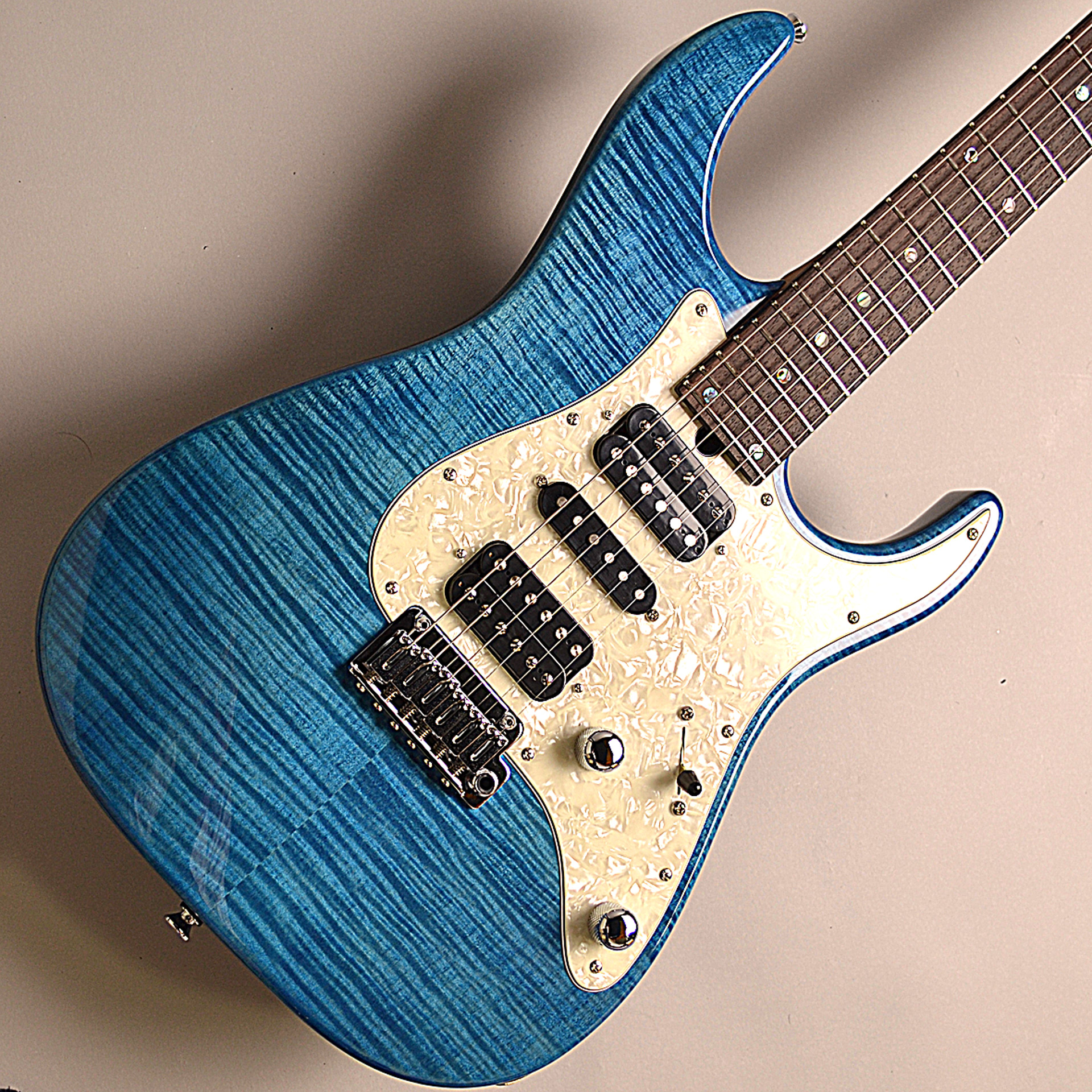 DST-Classic24F Roasted Flame Maple Neckのボディバック-アップ画像