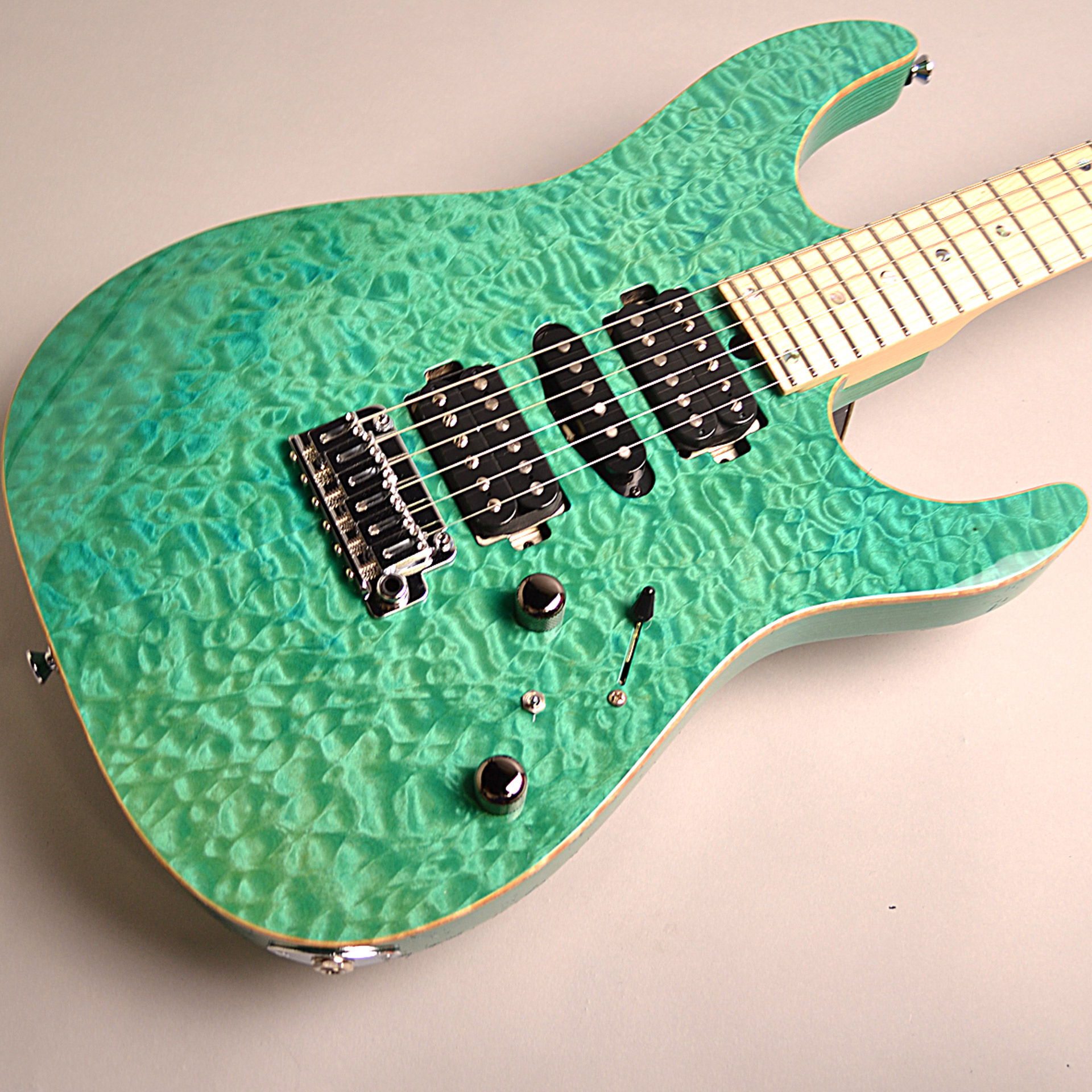 T's Guitars DST-PRO24 Maple (BoraBoraBlue)のボディトップ-アップ画像