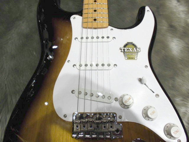 Japan Exclusive Classic 50s Stratocaster Texas Specialの全体画像(縦)