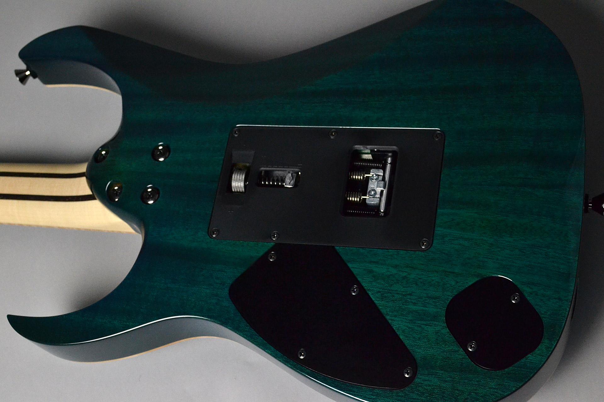 RG8570Z CRA Chrysocollaのボディバック-アップ画像