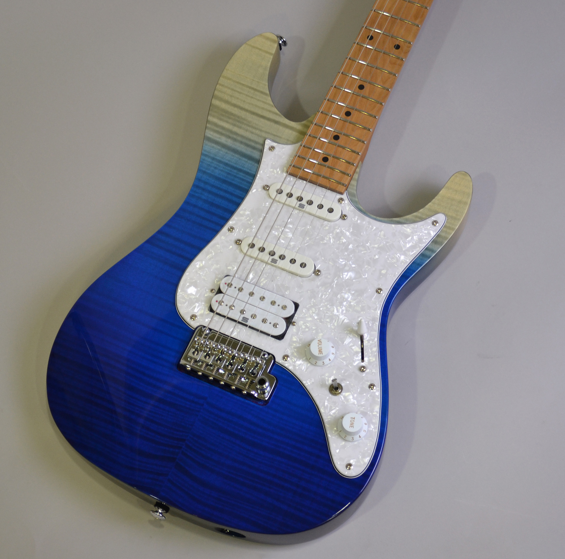 AZ224F【Blue Iceburg Gradation】