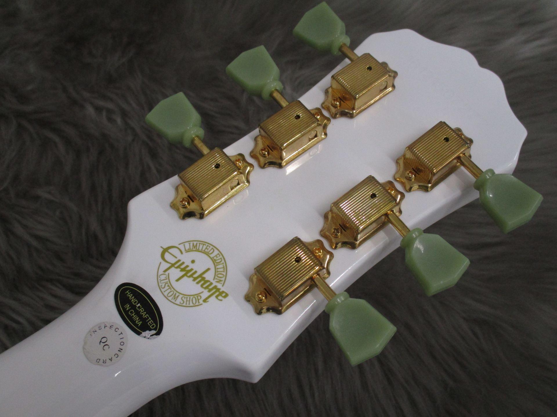 Limited Les Paul Studio Deluxe Alpine Whiteの指板画像