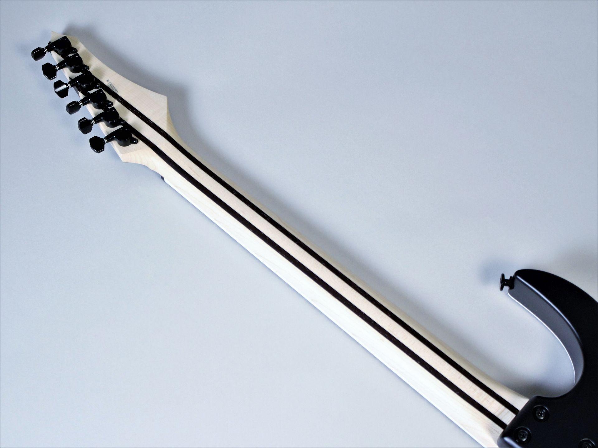 Strictly 7 Guitars – Cobra JS6 QM BBG【6本限定モデル】【4月28日発売・予約受付中】の指板画像