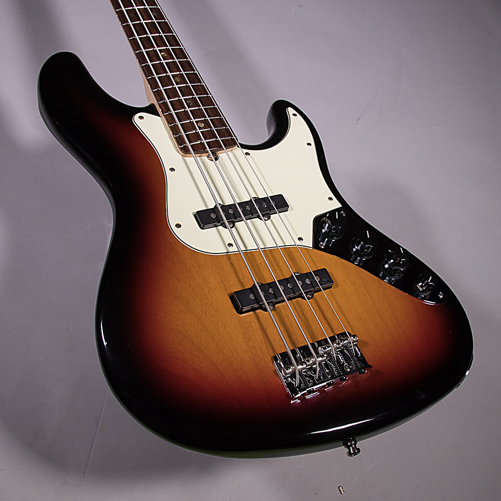 American delux Jazz Bassの全体画像(縦)