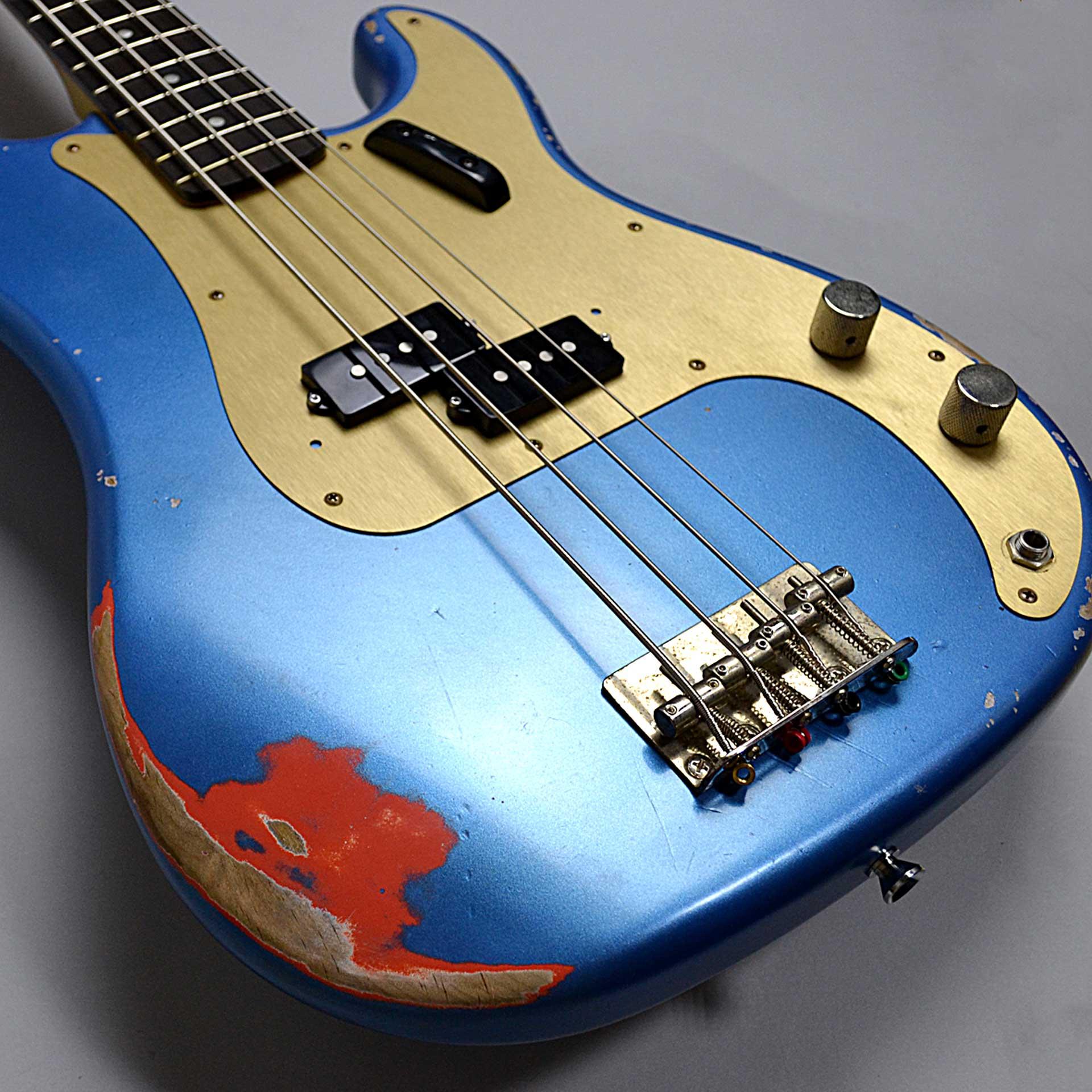 P-BASS/Lake Placid Blue over Fiesta Red/Alder/Rose/Midium Agedのボディバック-アップ画像