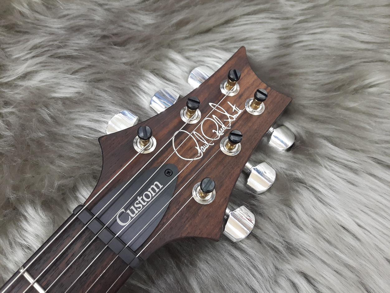 Custom24 2017 EM PTのヘッド画像