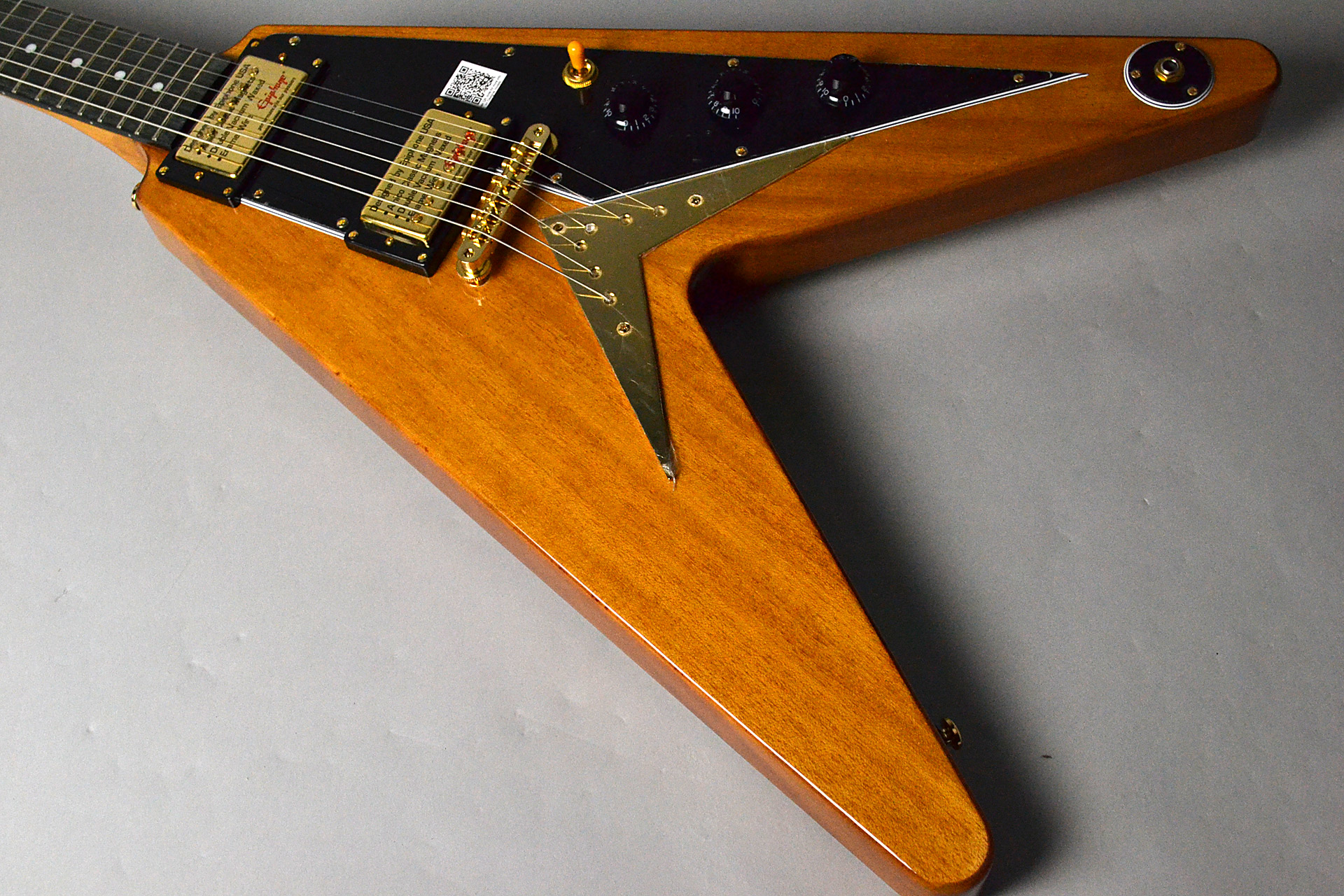 LTD Ed. Korina Flying-V EGV2ANGH3の全体画像(縦)