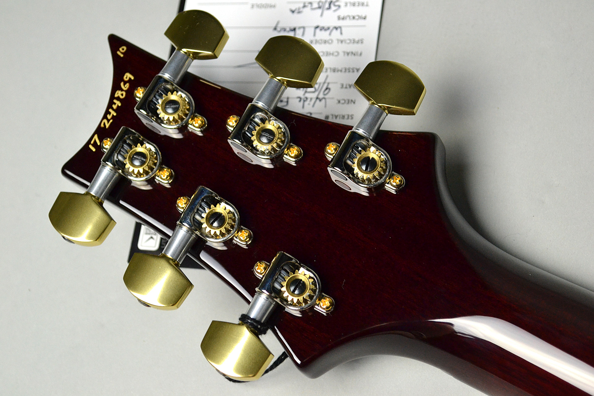 SINGLECUT TREM Wide Fat Neck Wood Library Fire Red Burstのヘッド裏-アップ画像
