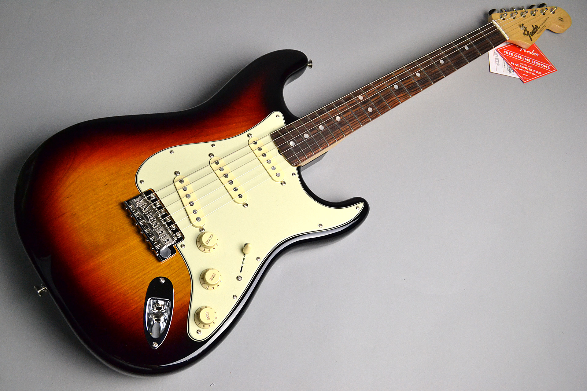 American Original '60s Stratocaster 3-Color Sunburst