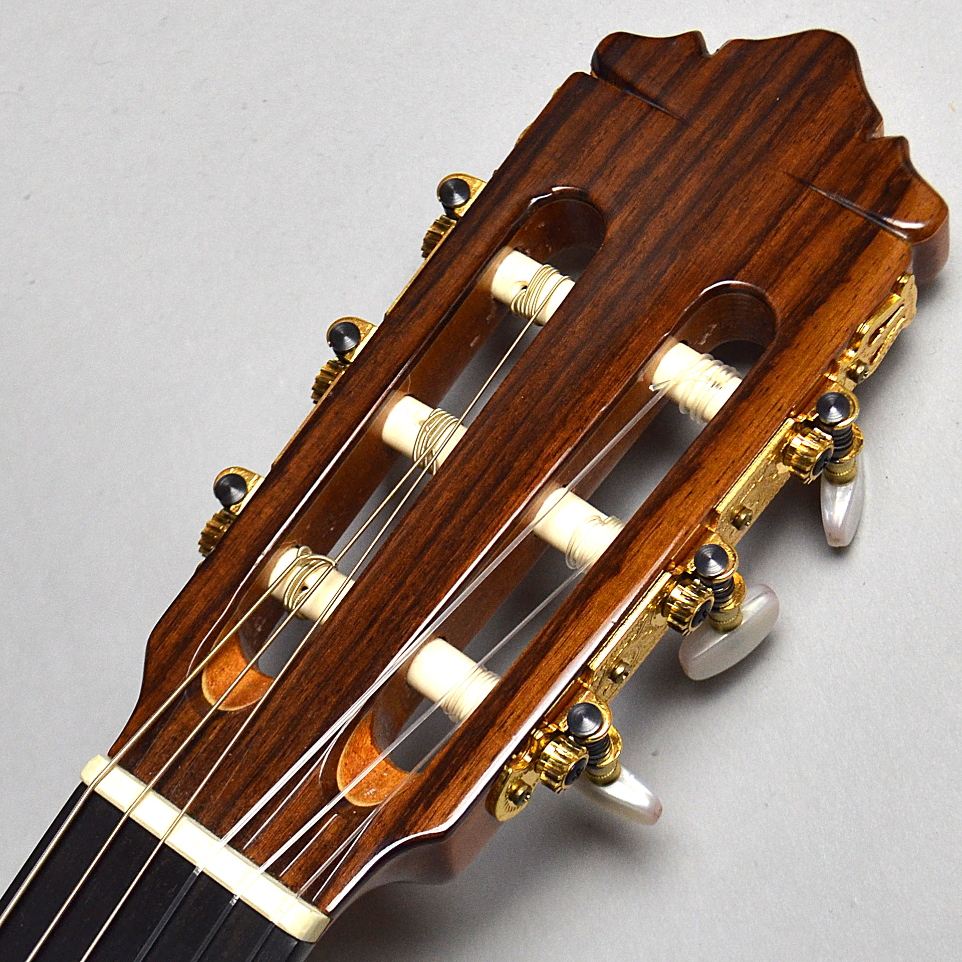 Nylon Series Electric CE-62のヘッド画像