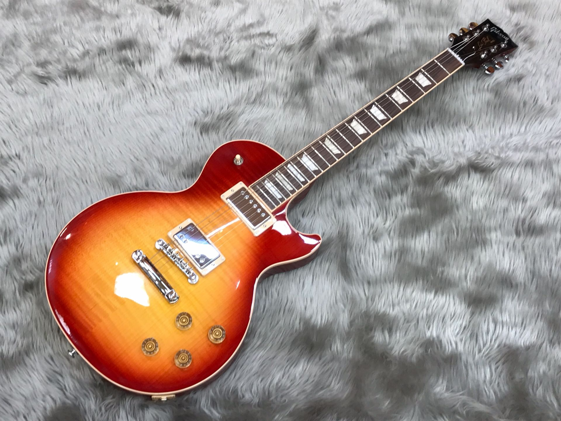 Gibson  LP Traditional PLUS 写真画像